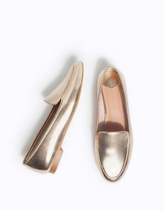 The Pay Day Edit | Gold Moccasins | Stradivarius