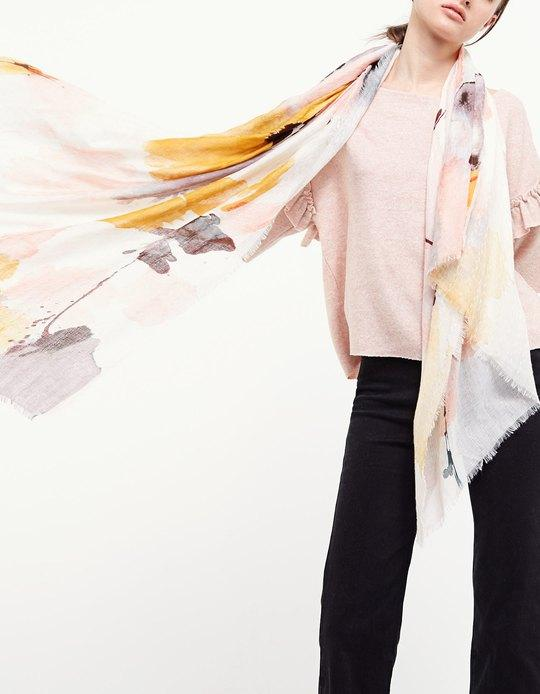 The Pay Day Edit | Watercolour Floral Scarf | Stradivariius