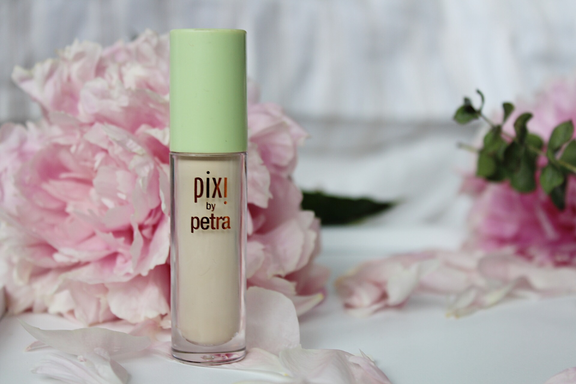 JULY BEAUTY FAVOURITES PIXI CONCEALER